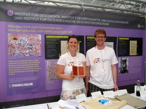 Mitglieder des IÖG am Campus Festival